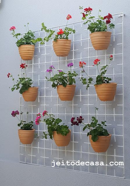 jardim-vertical-simples-com-vaso-de-barro