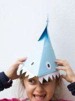 http://www.manualidadesinfantiles.org/sombrero-tiburon