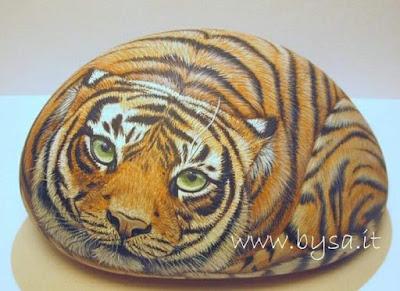 Come dipingere sui sassi tigre