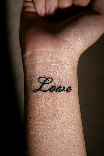 8e102b965 Tattoo designs can vary according to their size color as well as meaning