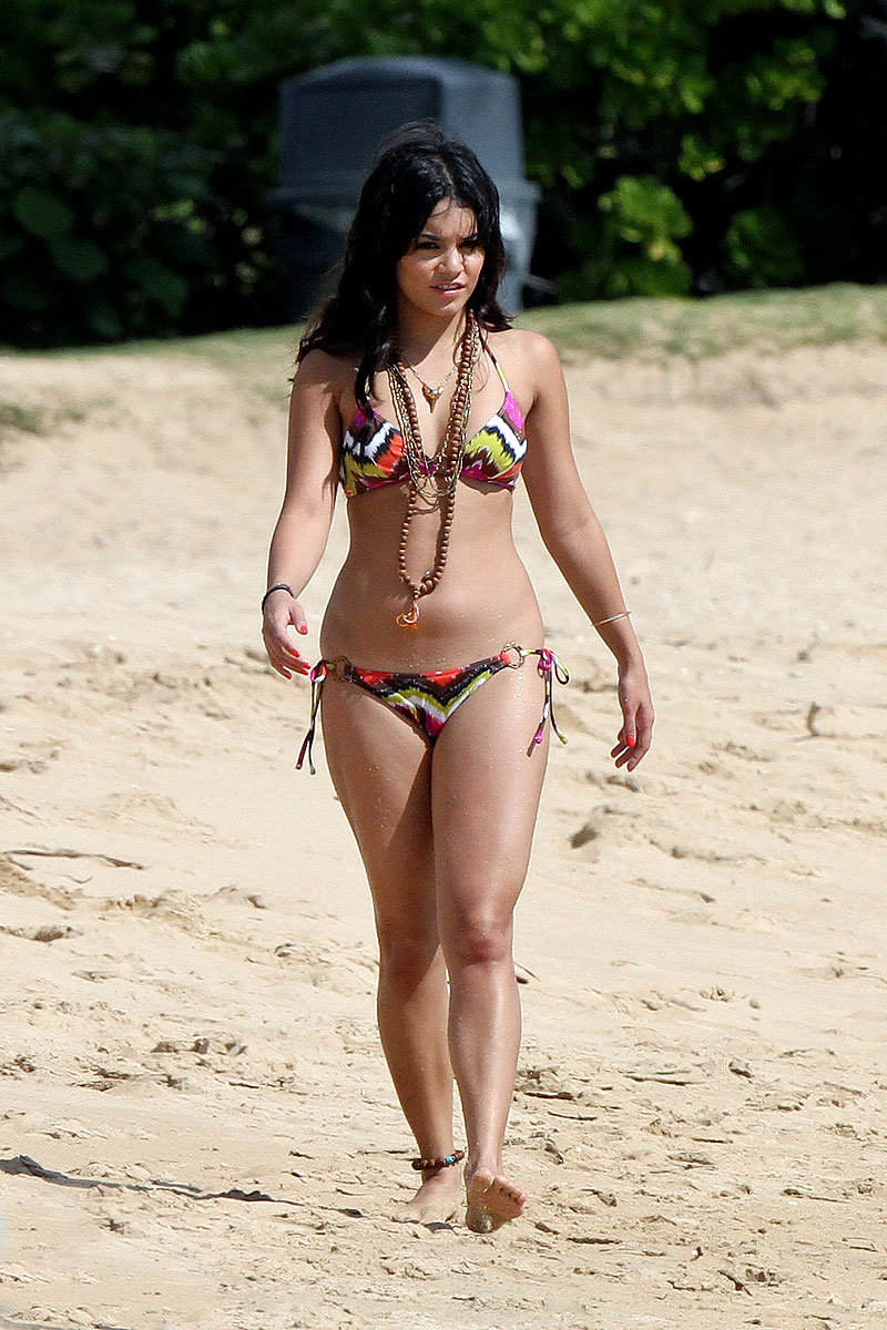 Bikini Vanessa Hudgens Naked Unscensored Scenes