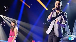 Manu y Eli canta Te despertaré de Pastora Soler. la voz asaltos