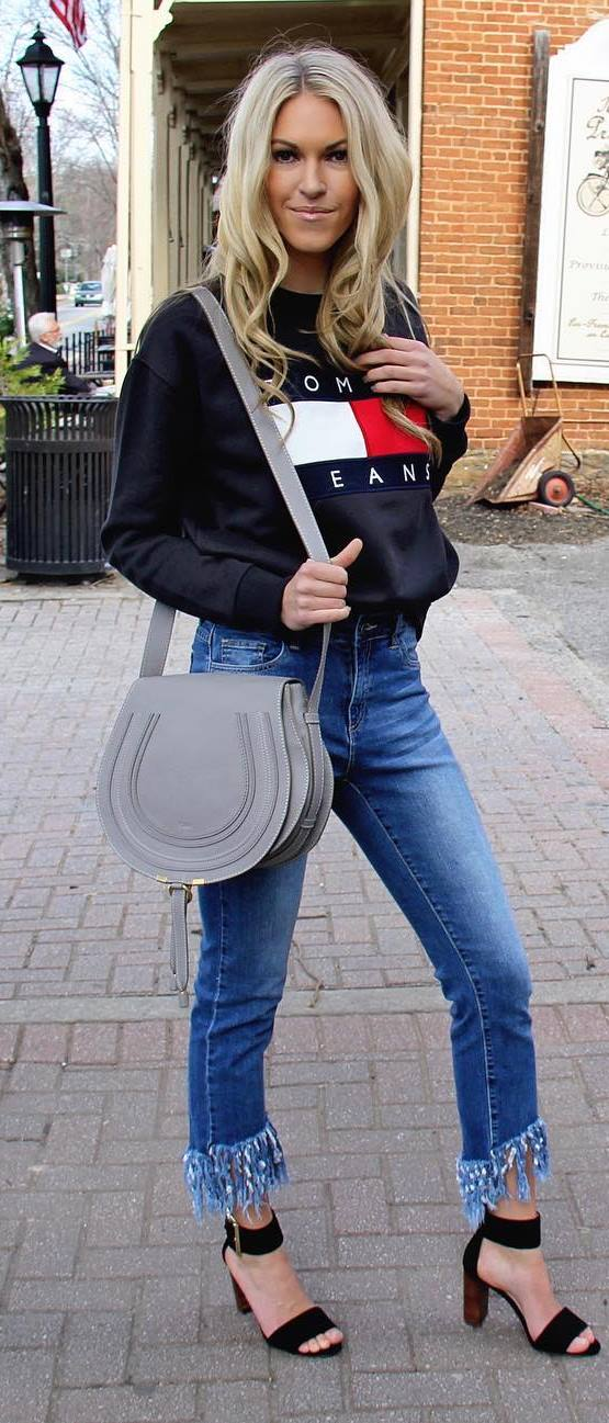ootd: sweatshirt + bag + jeans