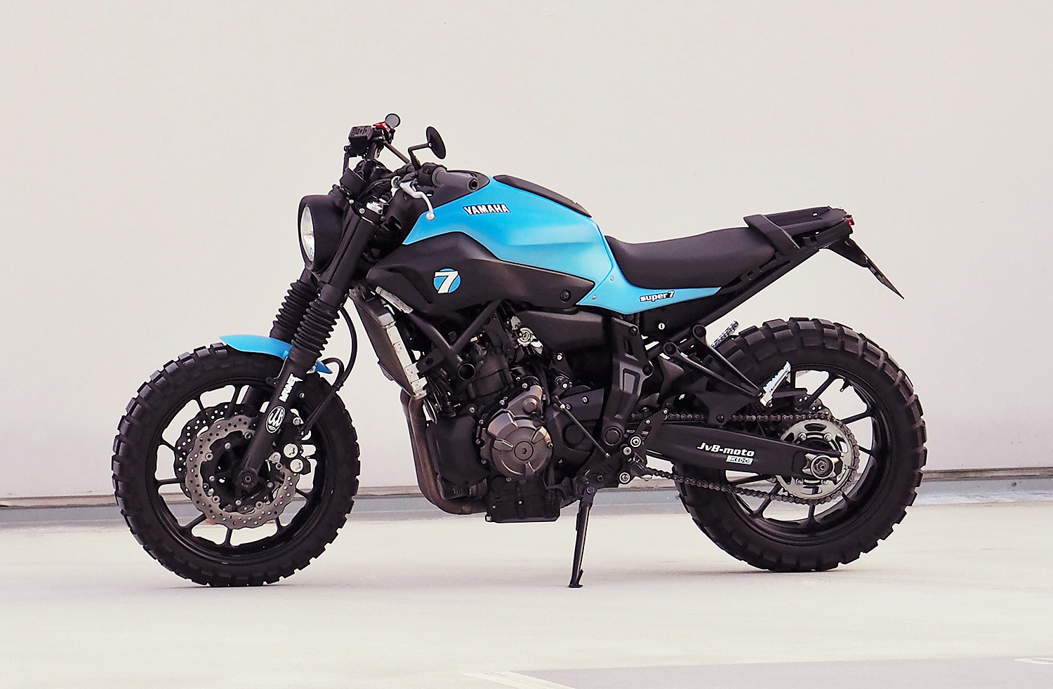 racing caf yamaha mt super 7 by jvb moto