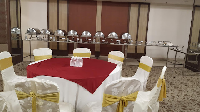 Buffet arrangements with sitting set up Hotels Banquets