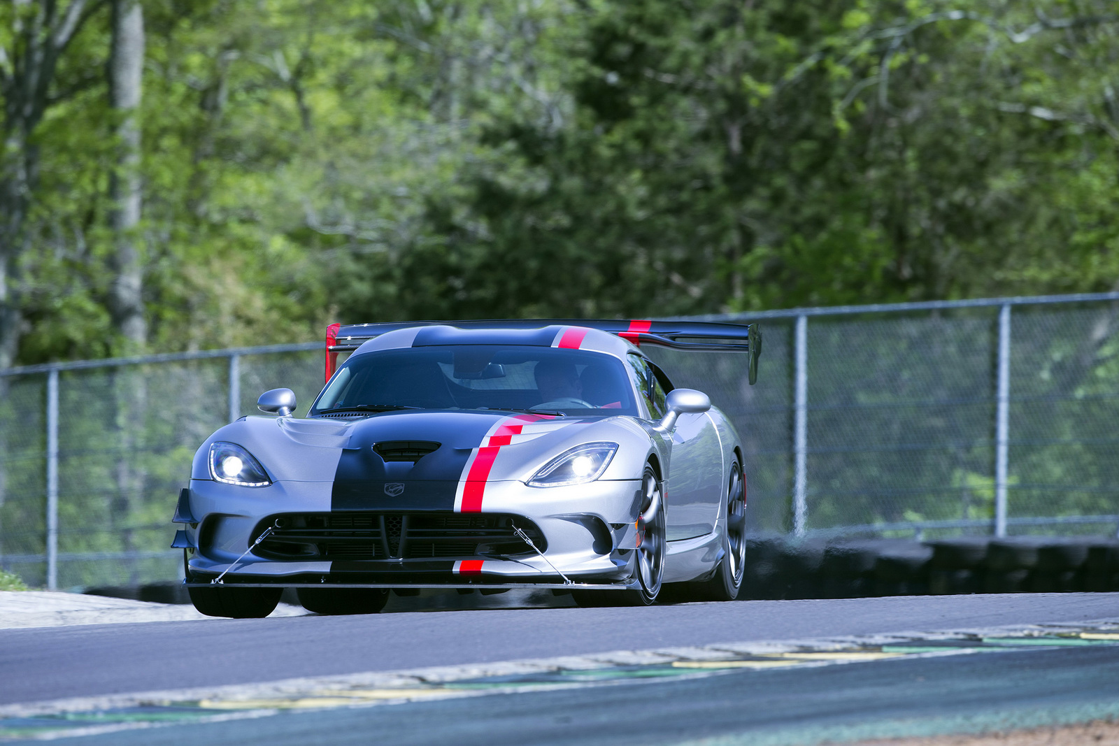 dodge confirms viper factory will close august 31