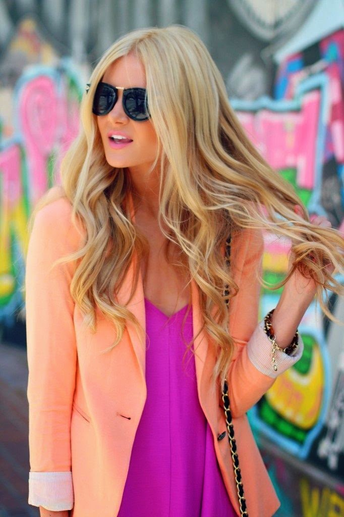 top rosa e blazer laranja