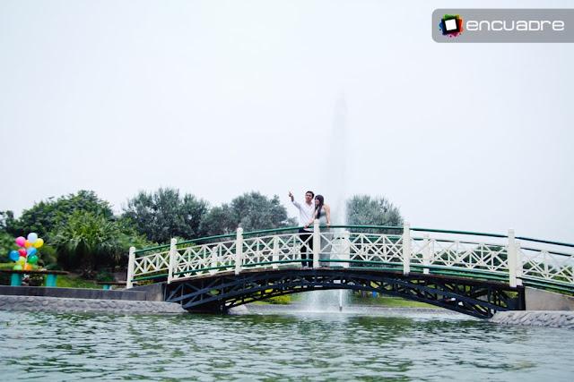 fotos novios parque de la felicidad