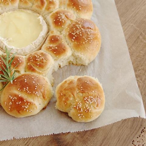 Experimente aus meiner Küche: Brötchensonne mit Camembert #breadbakingfriday