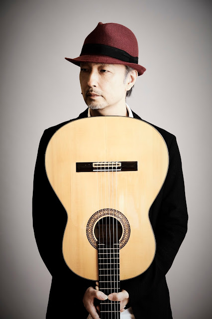 伊藤芳輝(guitar)