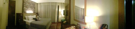 hotel ada kolam renang keren diBandun nuansa alam,,pengalaman menginap di hotel House Sangkuriang Hotel,Hotel Dengan nuansa alam-alam, berada di tengah Kota Bandung,rate House Sangkuriang Hotel,pengalaman menginap di hotel House Sangkuriang Hotel,hotel ada kolam renang keren diBandung, hotel keren di bandung
