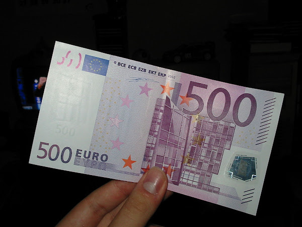 How to Change a 500 Euro Notes in France