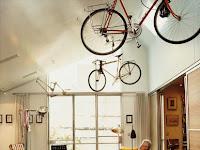 Rak Sepeda Kreatif (Bicycle Storage) Ini Dapat Menghemat Ruangan di Rumah Anda