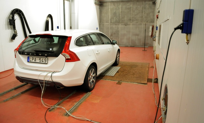 Volvo V60 in the climate lab