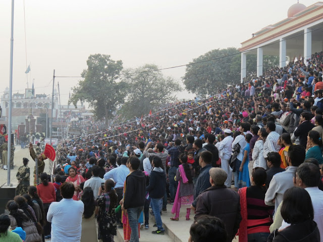 Crowd at Wagah Border