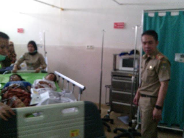 Diduga Keracunan Massal, Puluhan Anak Sekolah di Palopo Dilarikan ke RSUD
