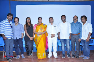 Actress Kavitha Swathi Naidu Vekkirintha Press Meet  0019.jpg