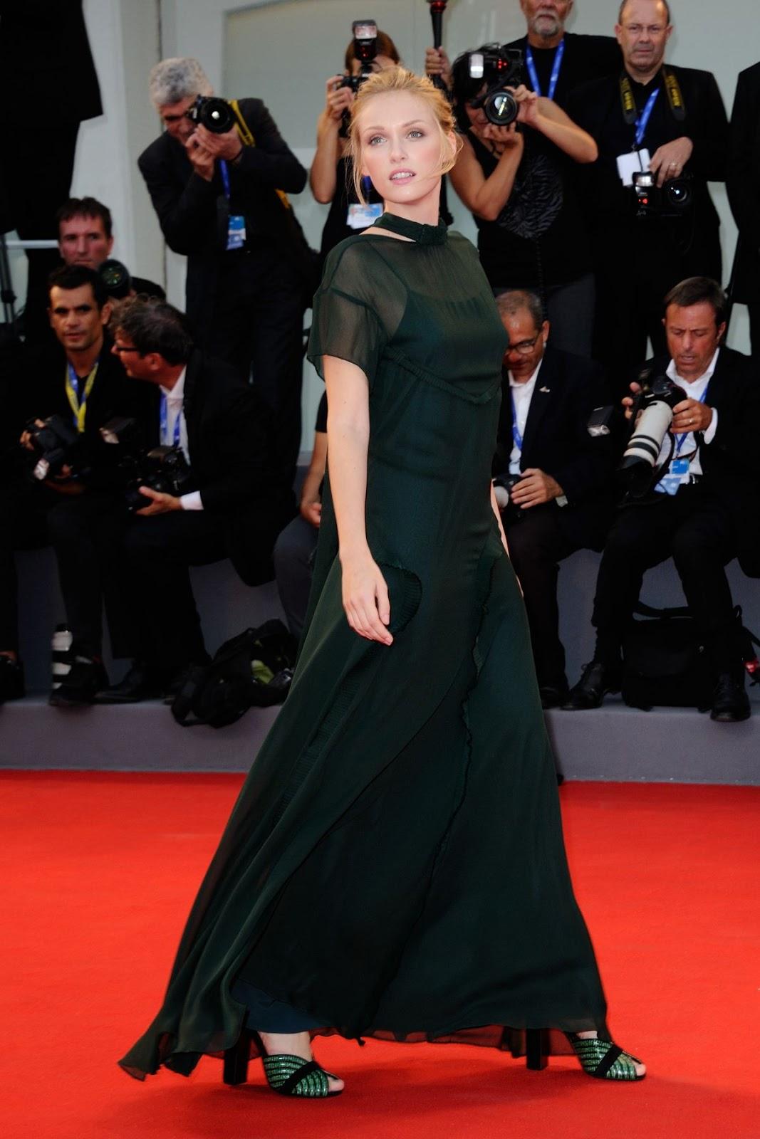 HQ Photos of Caterina Shulha At Hacksaw Ridge Premiere At 2016 Venice Film Festival