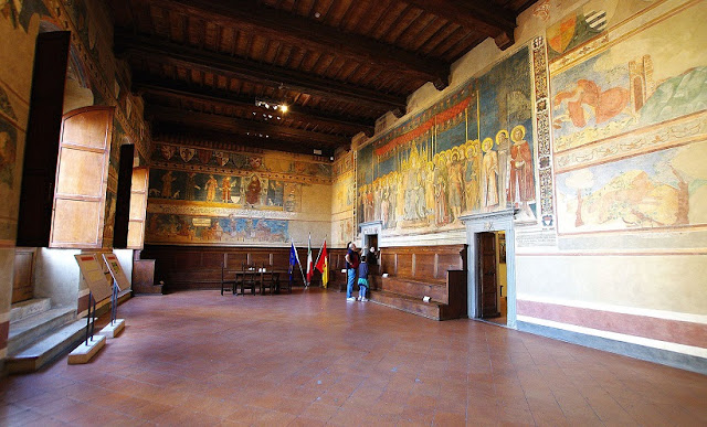 Sobre o Palazzo Comunale em San Gimignano