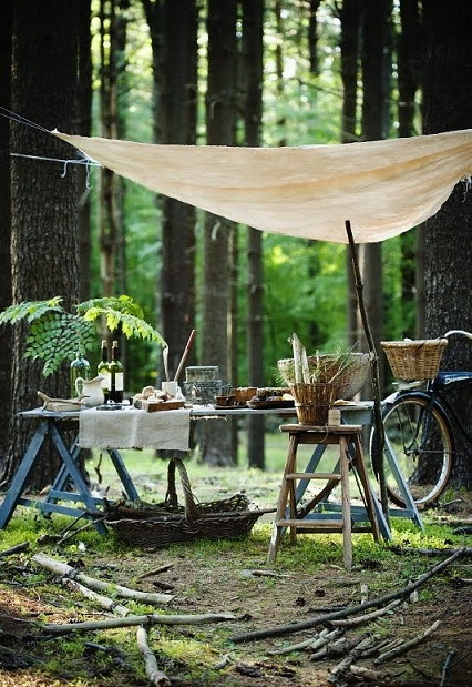 This rustic outdoor picnic setup is simple and quaint.