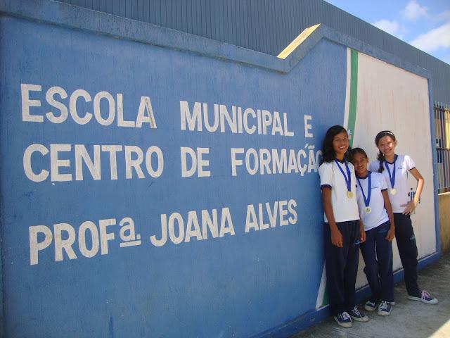 Resultado de imagem para Escola Municipal Joana Alves, localizada no bairro Cajupiranga