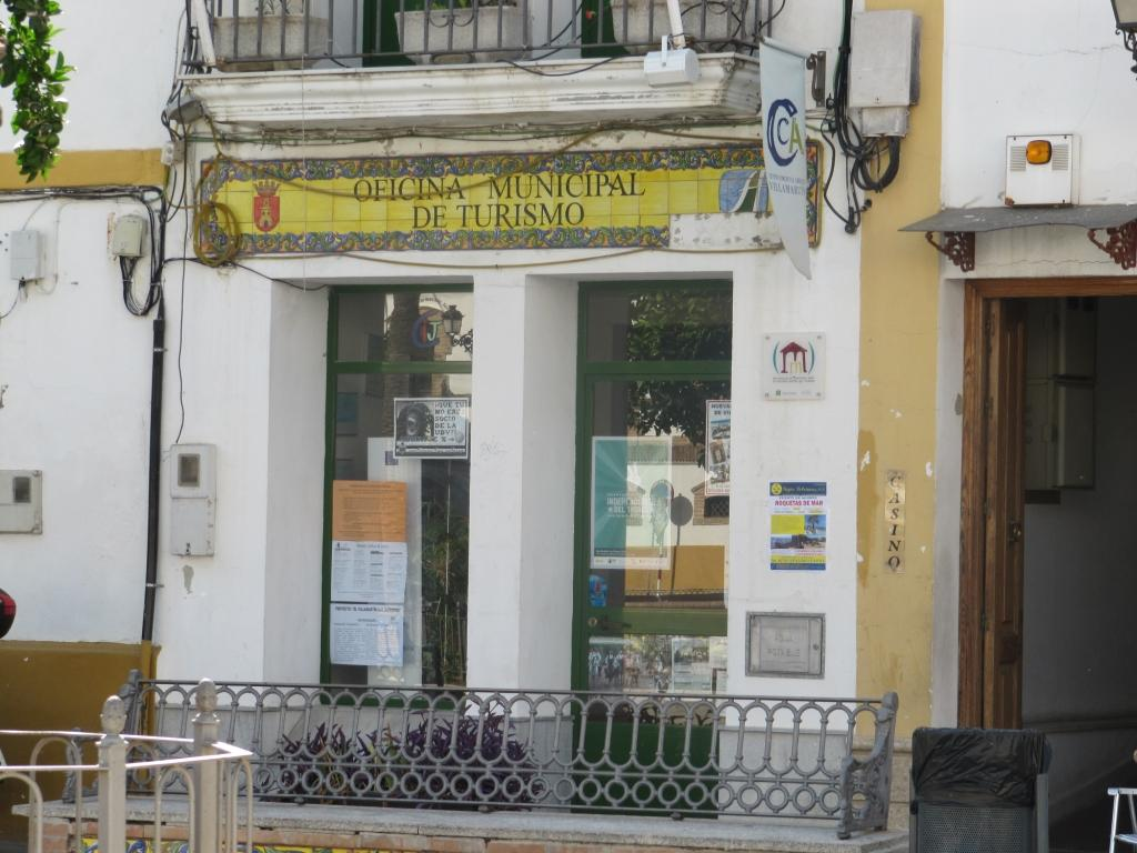 Culiblanco por francisco nieto plaza de villamartin for Oficina turismo cadiz