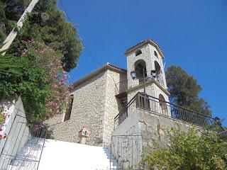 ο ναός της Κοίμησης της Θεοτόκου στη Βασιλική της Λευκάδας