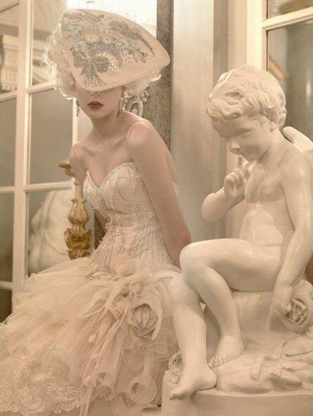 choisir sa robe de mariée dans l'esprit de Versaille et de Marie-antoinette Reine de France