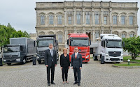 Yeni Mercedes benz'ler tanıtıldı