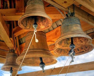 boy steals 8 single bells cac church