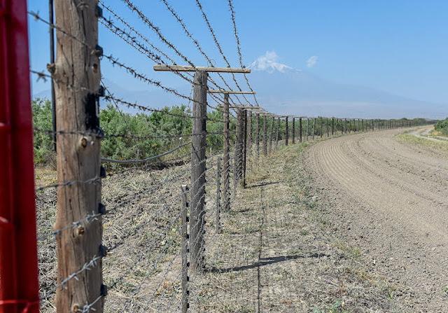 Azerbaiyán reemplaza conscriptos por guardias en frontera con Armenia