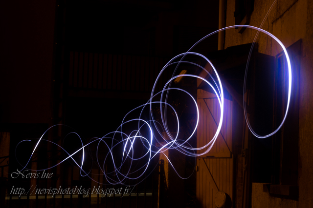 Light painting maison