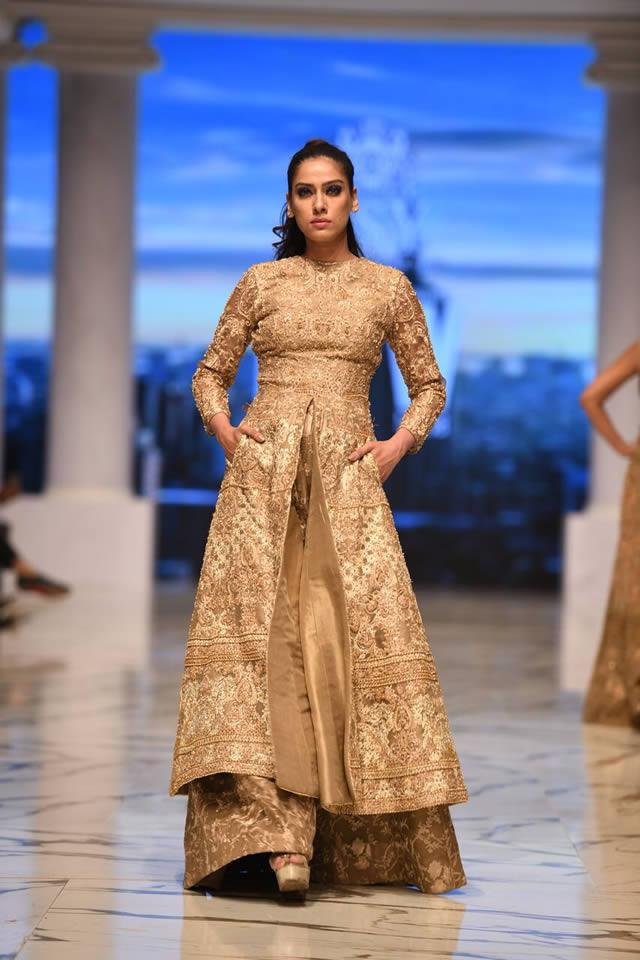 Pakistan Famous Fashion Designer Hsy Fashion Pakistan Week F W Elements Collection 2018