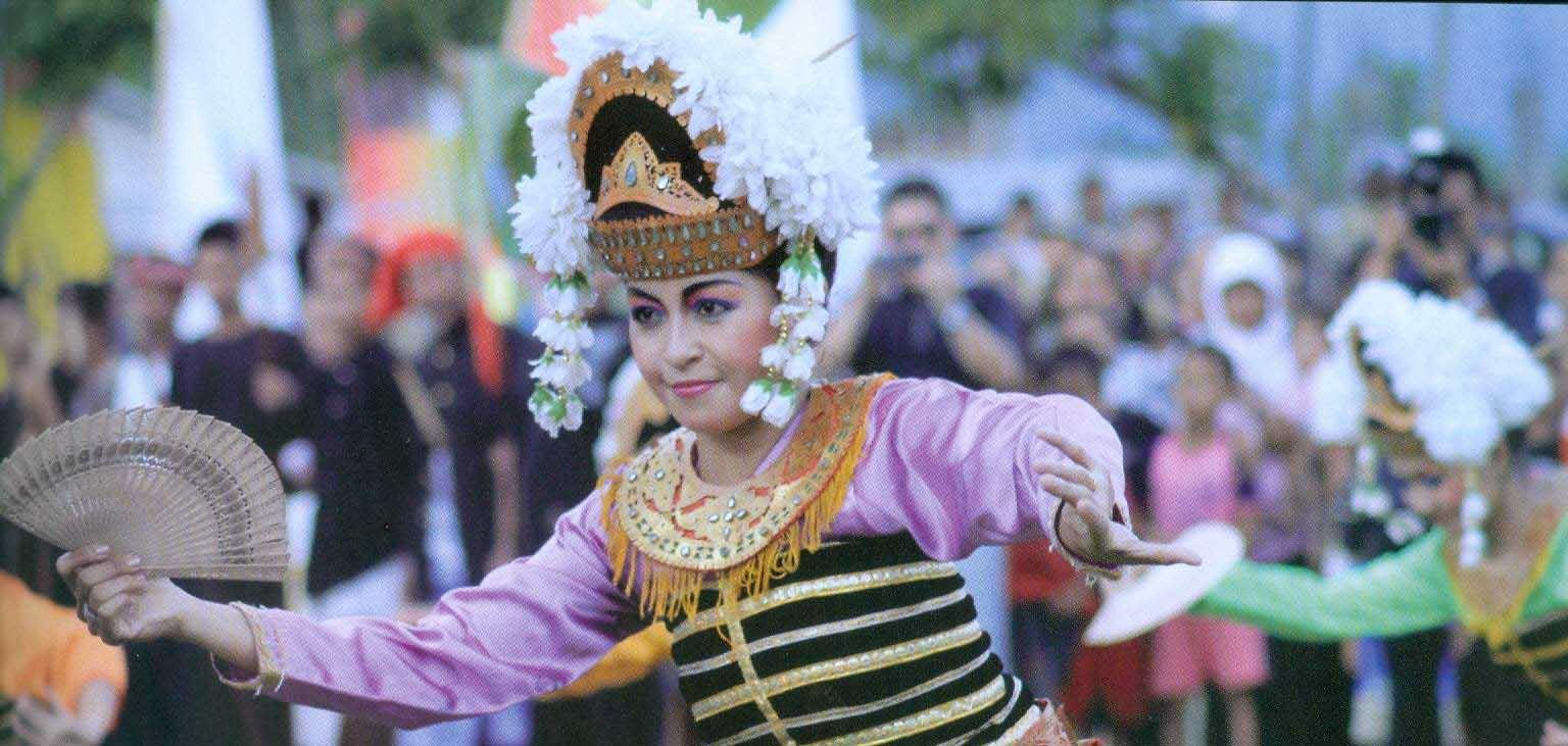 Tari Gandrung Lombok, Tarian Tradisional Dari Povinsi NTB