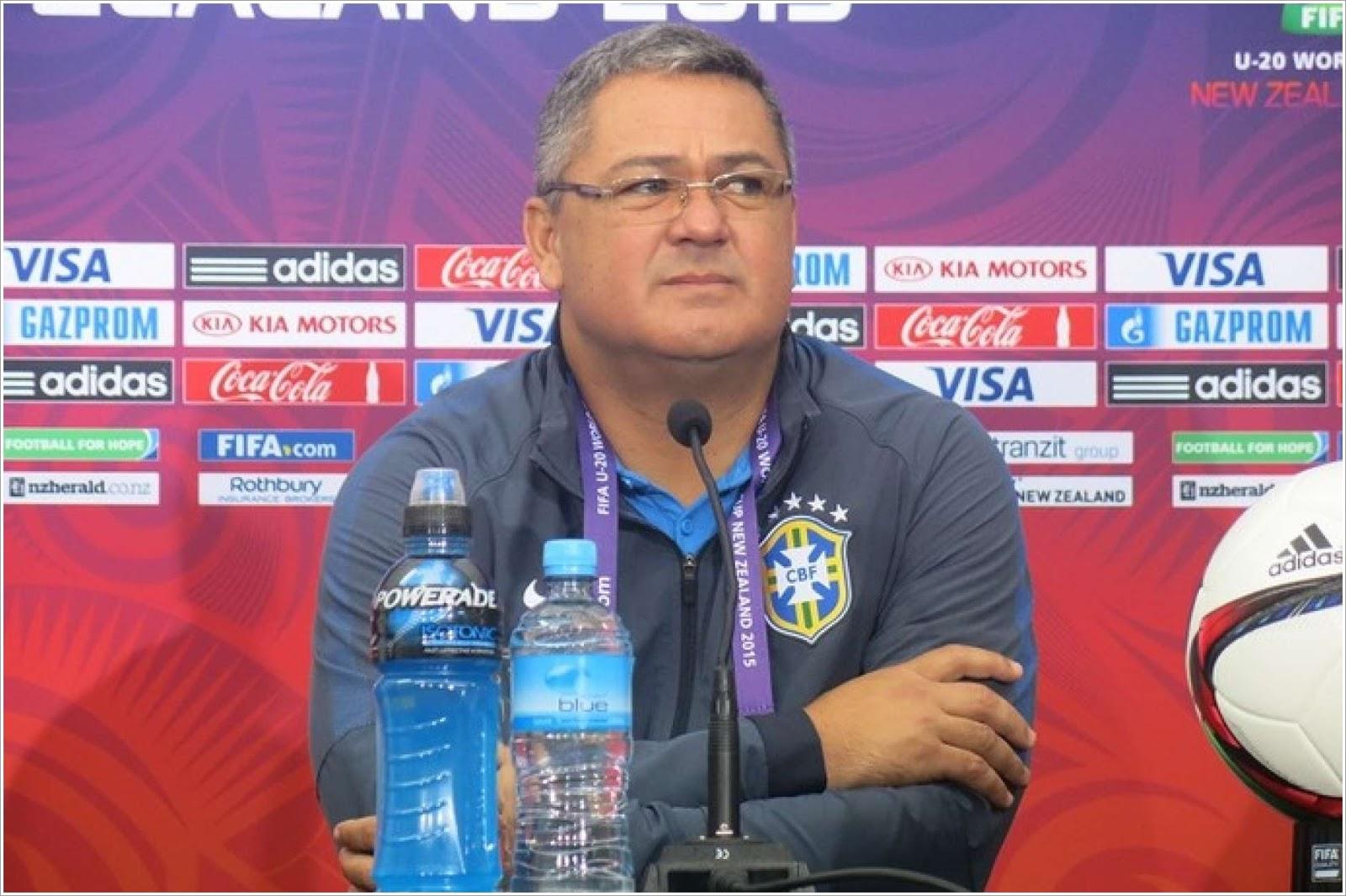 Seleção brasileira de futebol masculina é convocada para jogos olímpicos do  Rio ef687db6c9cf8