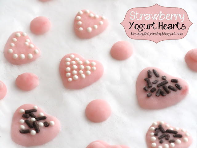 Strawberry Yogurt Hearts - Healthy Valentines Treat Recipe, Frozen Yogurt