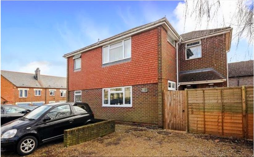 buytolet chichester flat front
