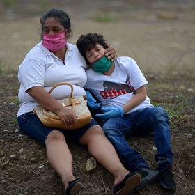 video ekuador kewalahan hadapi tingkat kematian akibat korona