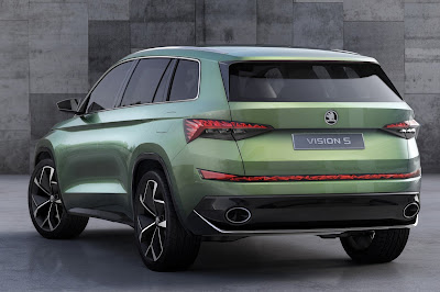 coming 2017 Skoda Kodiaq SUV rear look angle  Hd Pictures