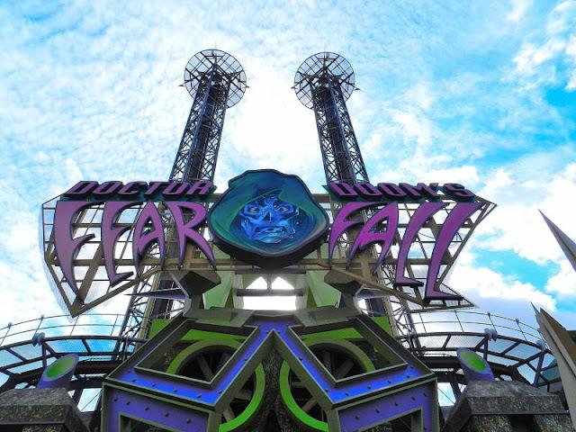 Doctor Doom's Fearfall no Islands Of Adventure em Orlando