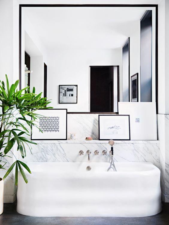 Studio karin vackra dramatiska badrum for Interior design masters nyc