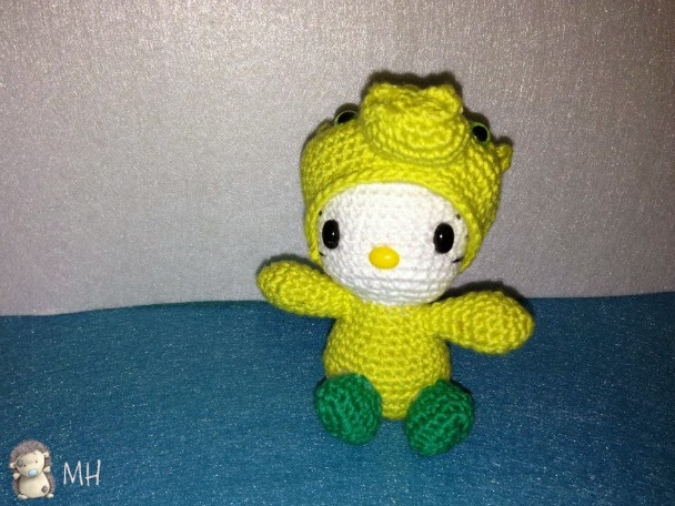 hello Kitty dragón amigurumi