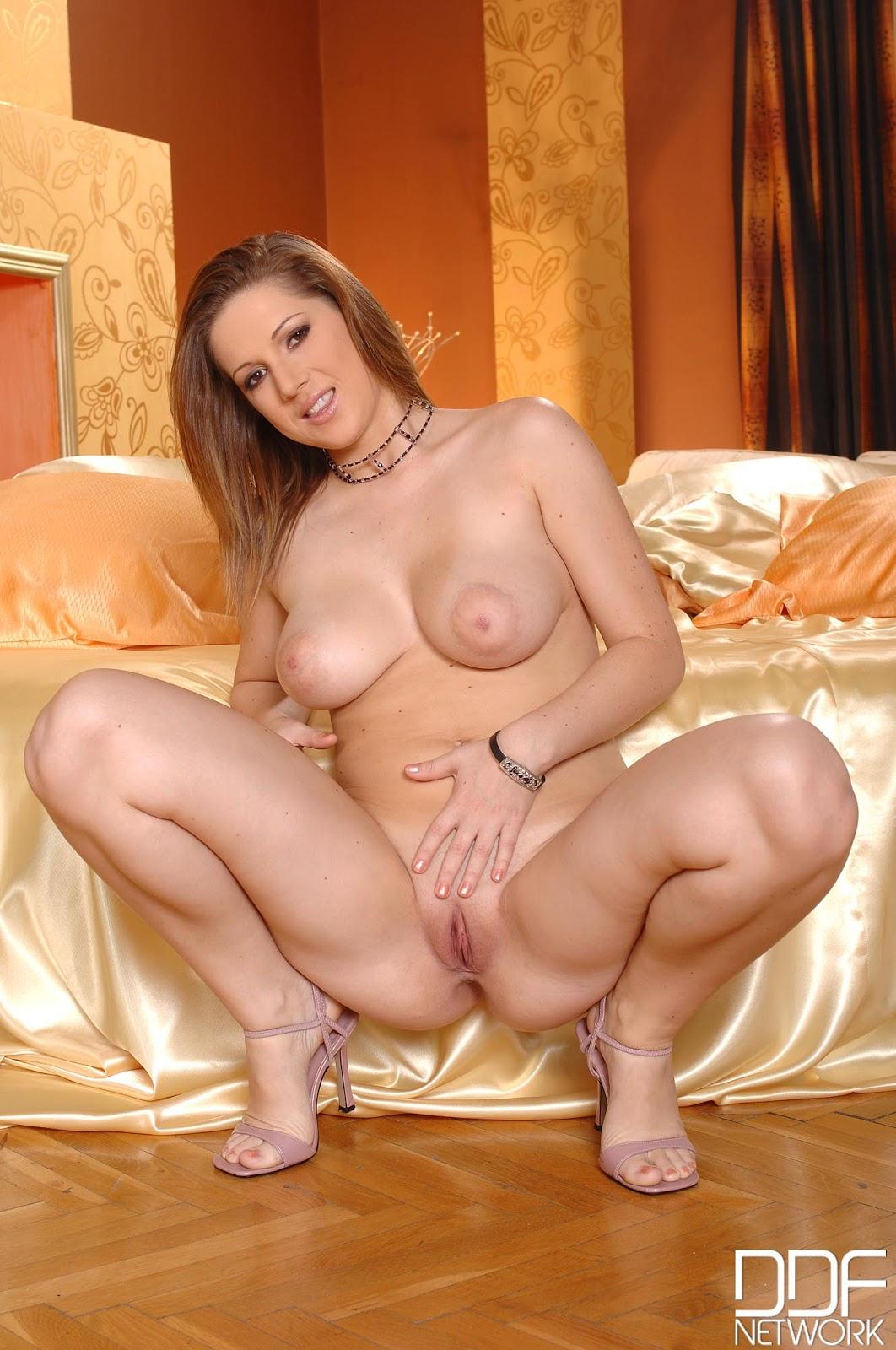 Nicole Sweet Porn