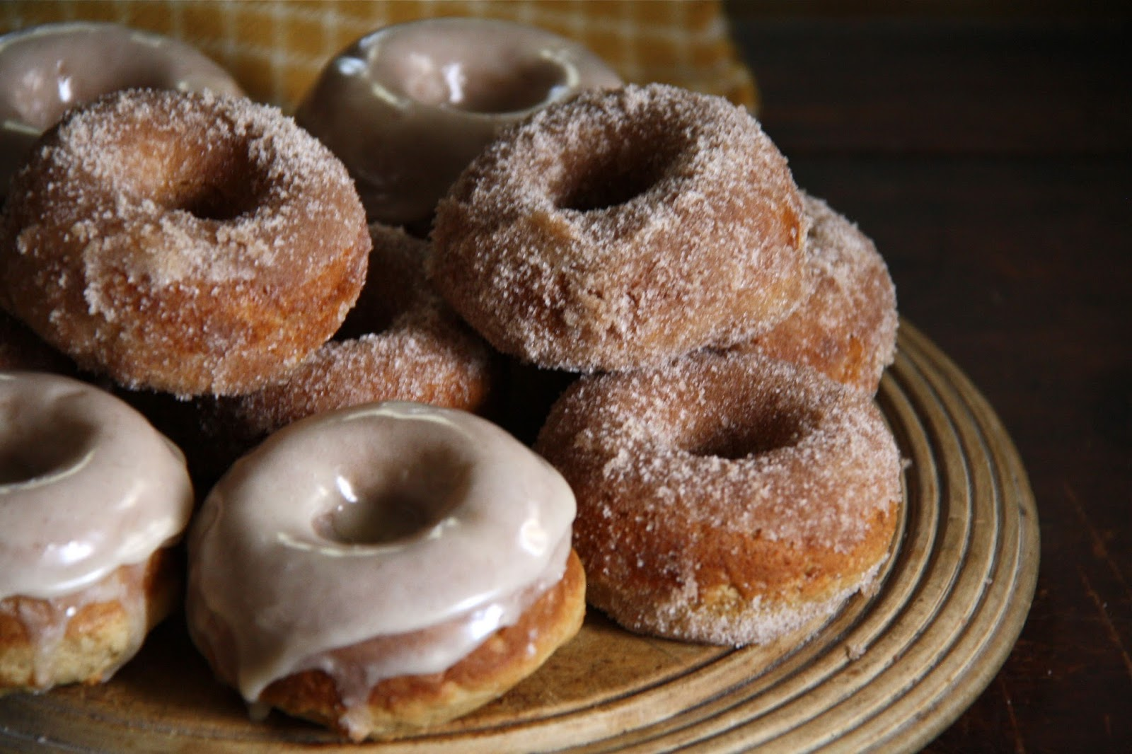 been swayed to buy a doughnut pan, these Baked Apple Cider Doughnuts ...