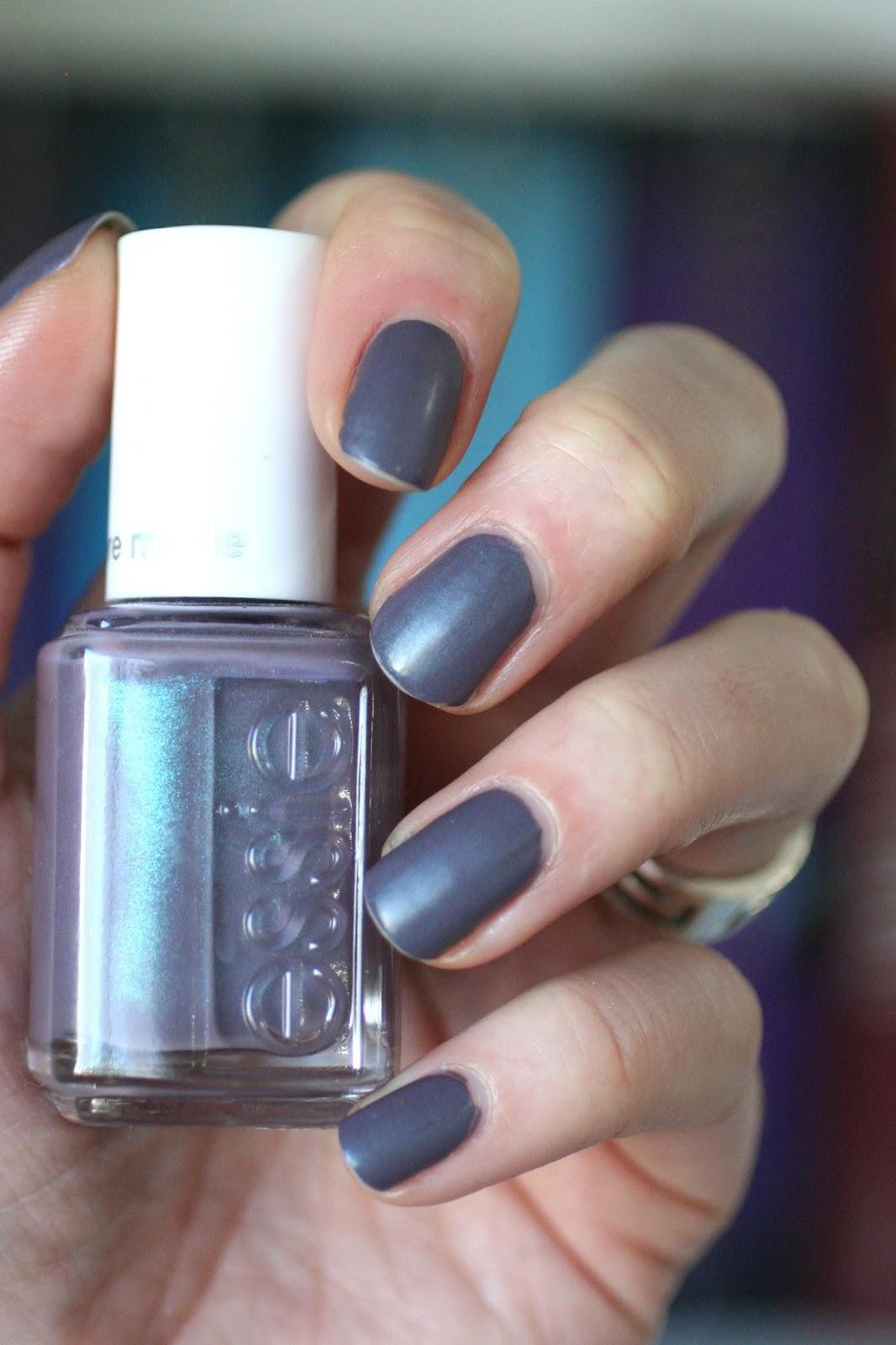 Essie Coat Couture (Cashmere Matte) : Review, Wear Test & Making It ...
