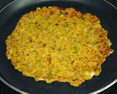Shallow fried thalipeeth