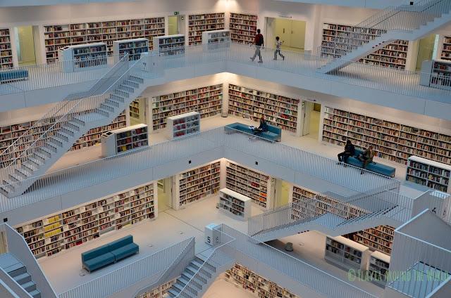 Biblioteca por dentro