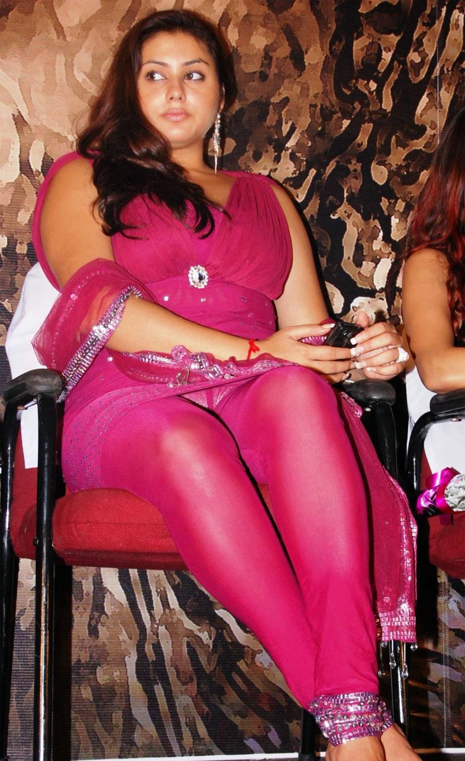 namitha latest hot upskirt pics