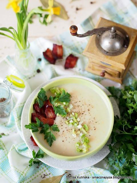 zupa krem, kapusta kiszona, kapusniaczek, zupa dnia, domowe jedzenie, obiad, zupa z warzyw, kapusciana,