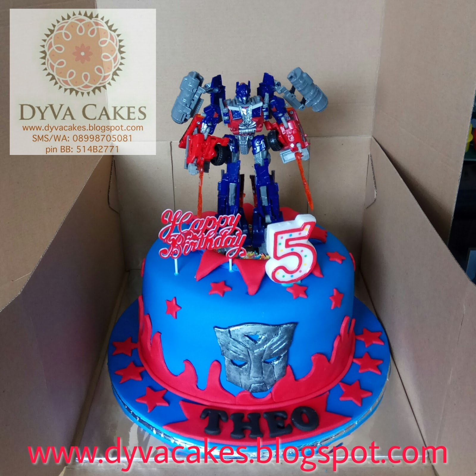 DyVa Cakes Transformer Optimus Prime Birthday Cake